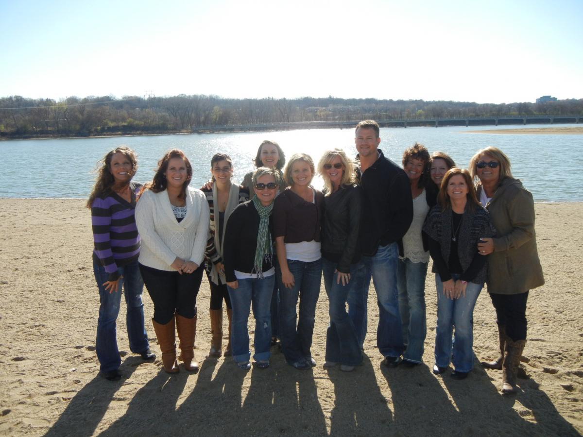 Team Outing Gray's Lake
